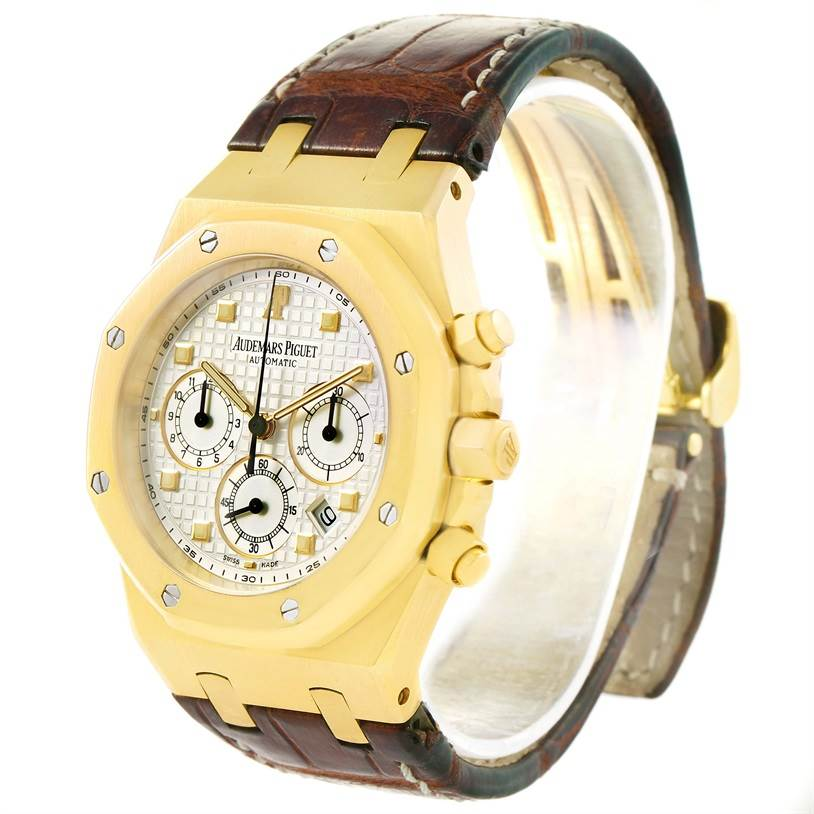 Audemars Piguet Royal Oak 18K Yellow Gold Watch 26022BA.OO.D088CR.01 SwissWatchExpo
