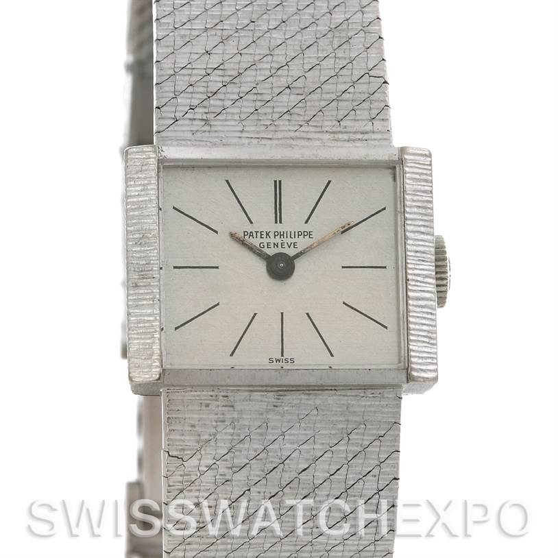 2555 Patek Philippe Vintage Ladies 18k White Gold 3322 year 1966 SwissWatchExpo