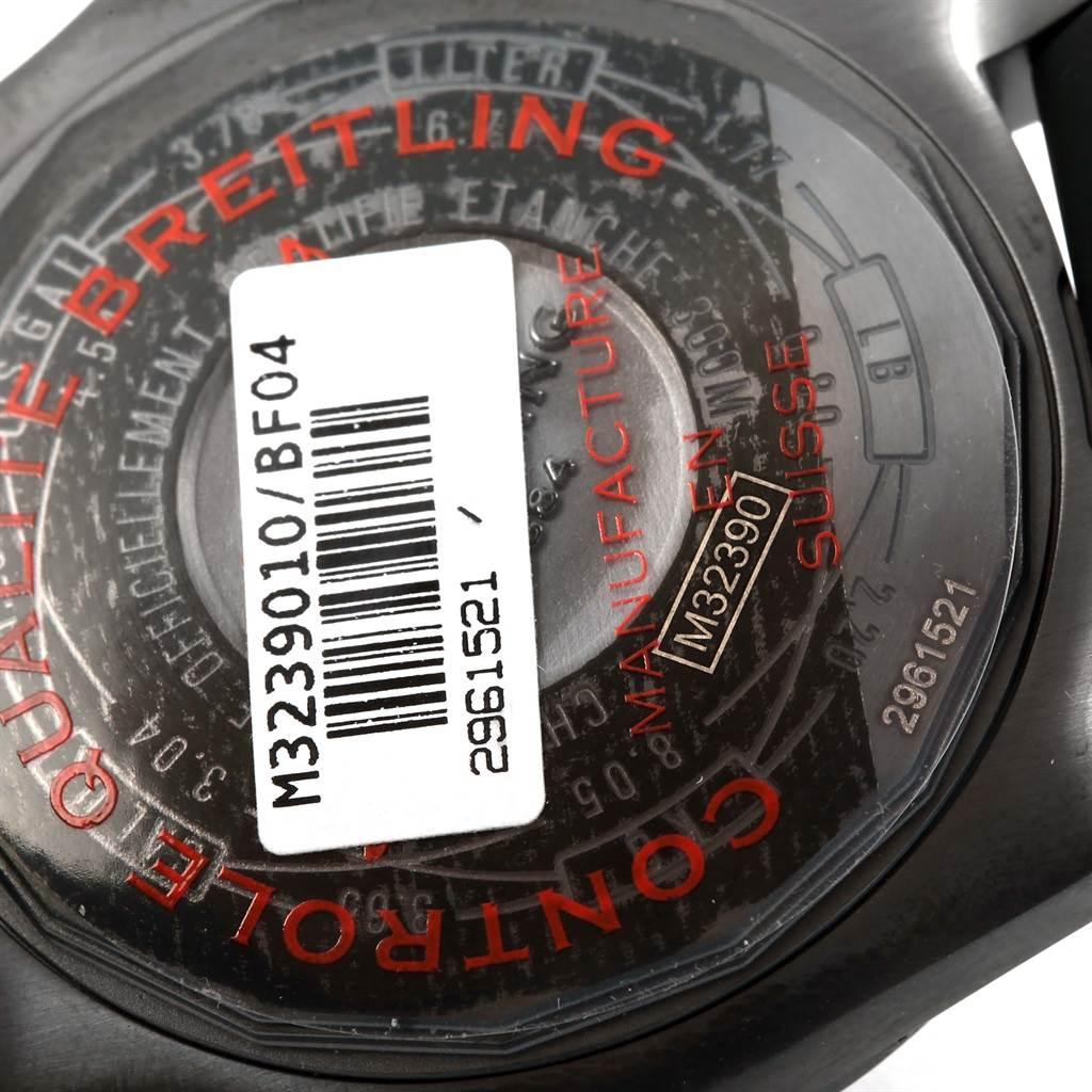15679 Breitling Aeromarine Avenger II GMT Rubber Strap Watch M32390 Unworn SwissWatchExpo