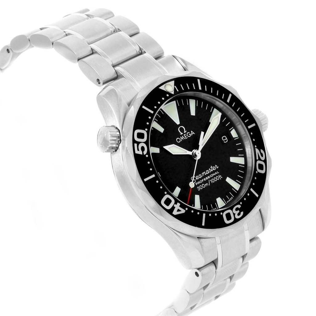 21326 Omega Seamaster Midsize Black Dial Steel Quartz Mens Watch 2262.50.00 SwissWatchExpo