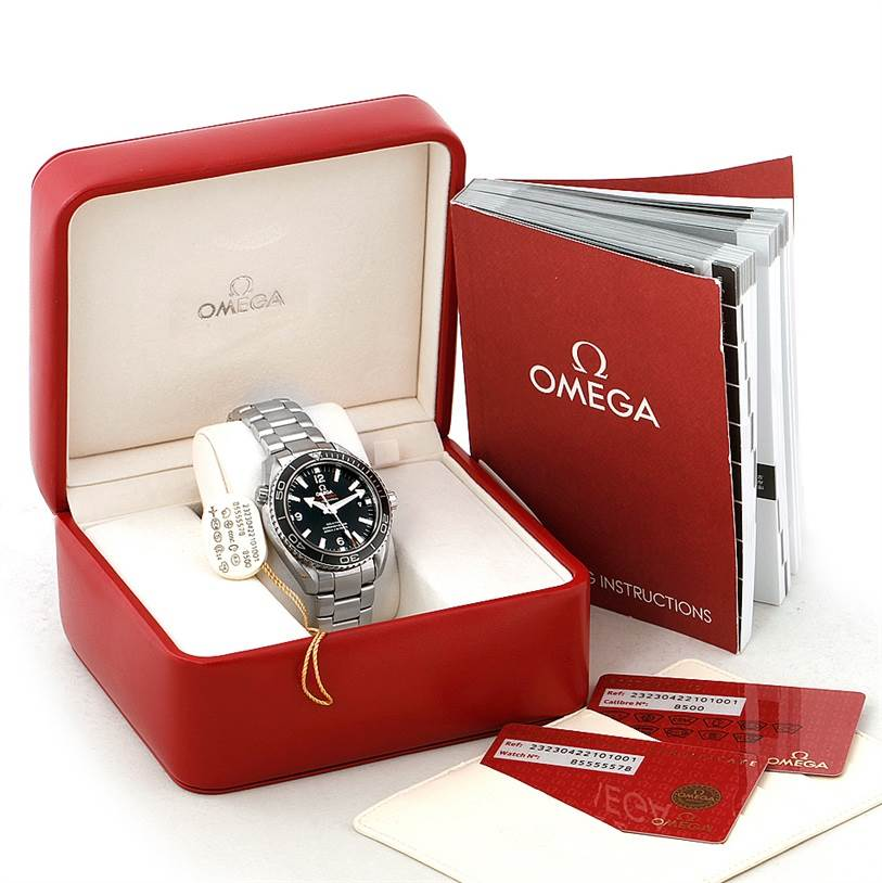 8050 Omega Seamaster Planet Ocean Watch 232.30.42.21.01.001 Box Papers SwissWatchExpo