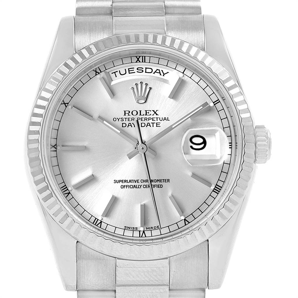 Rolex Day Date President 18k White Gold Silver Dial Mens Watch 118239