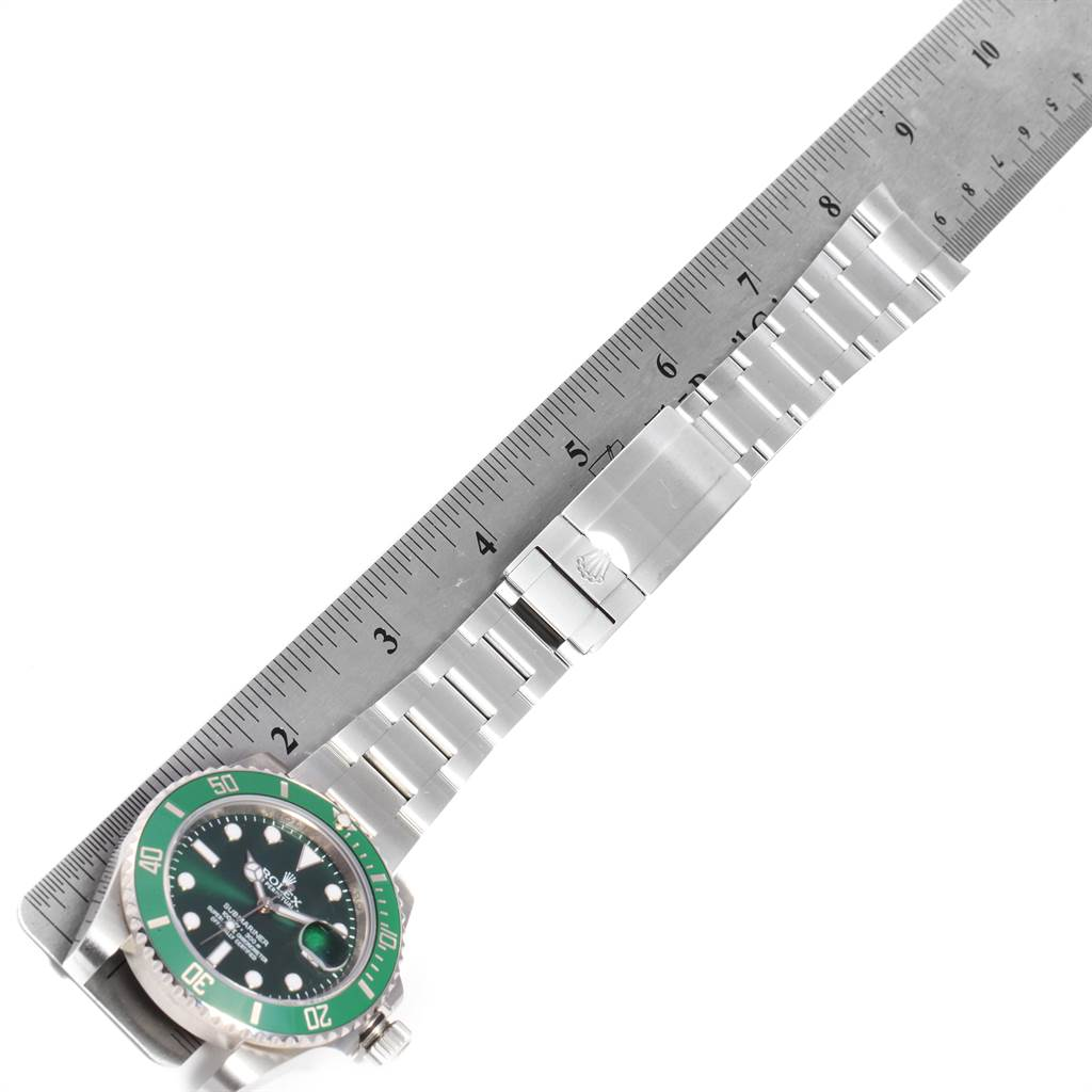 22667 Rolex Submariner Hulk Green Dial Bezel Steel Mens Watch 116610LV SwissWatchExpo