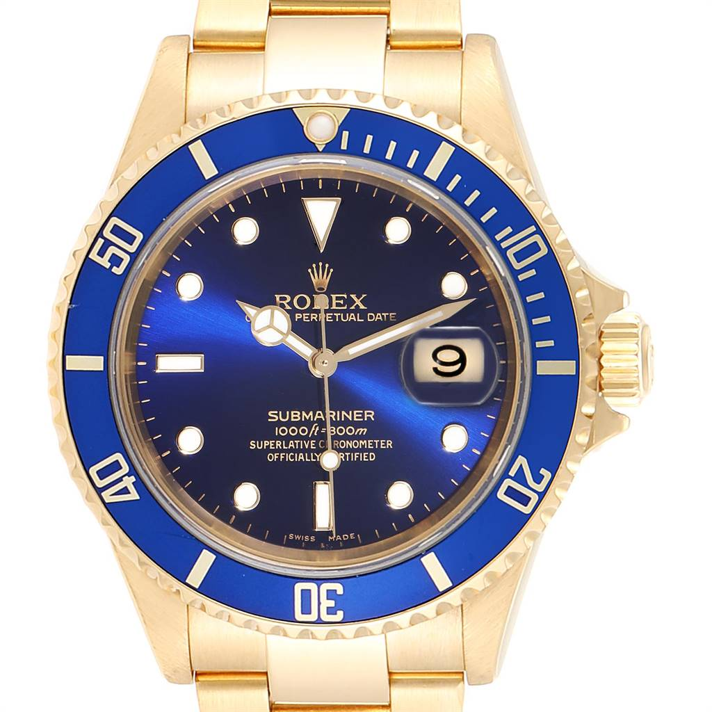 24805 Rolex Submariner 18K Yellow Gold Blue Dial 40mm Mens Watch 16618 SwissWatchExpo
