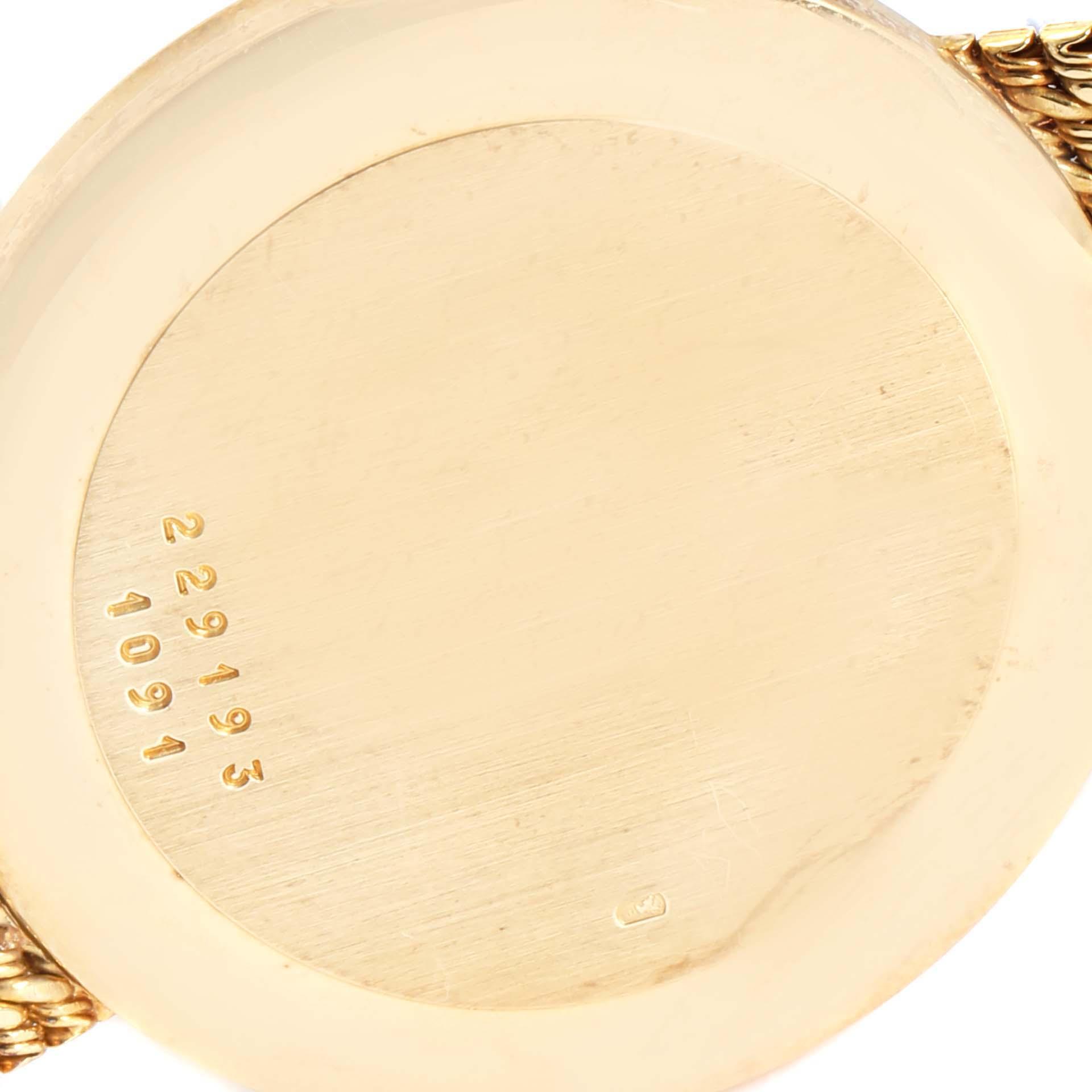 Chopard Classique 18K Yellow Gold Quartz Mens Watch 1091 SwissWatchExpo